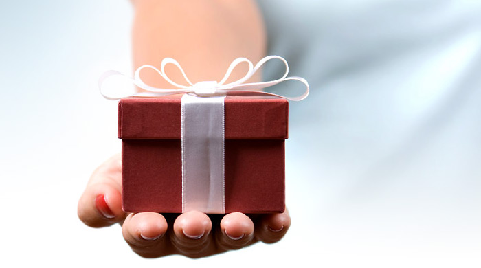 Send an extravagant gift to your loved one online to hyderabad gift bouquets are a great way of expressing your love for your relatives friends and near ones as well as those who are respected and appreciated negle Gallery