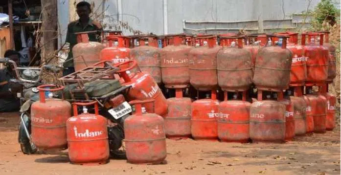 3 Free 5 KG  LPG Cylinders to Ujjwala Beneficiaries