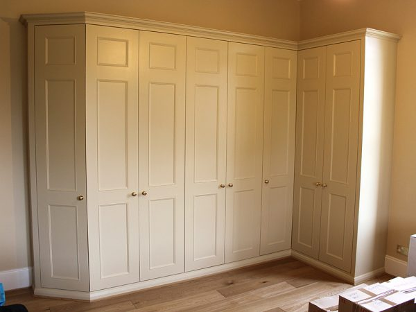 Four Things to Keep in Mind before You Choose a Wardrobe for Your Home
